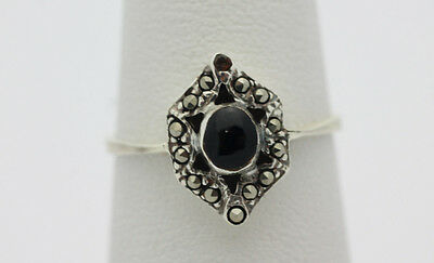 Sterling Silver .925 Gorgeous Sparkling Onyx Marcasite Fashion Ring Sz 6.25 F851
