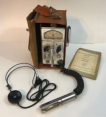Precision Model 107C Geiger Counter External Probe Pro. w/ Manual, Headset, Case