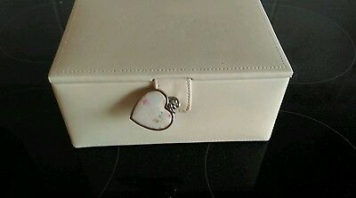 Faux Leather Cream Jewellery Box With  4. Compartments