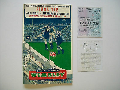 1952 F A Cup final programme & Ticket Arsenal v Newcastle United Mint con
