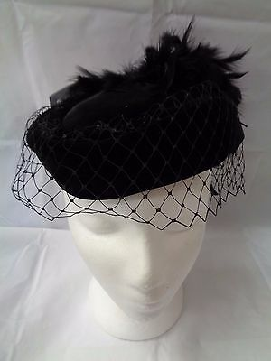 Vintage Black Pillbox Hat With Feathers  (895)