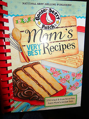 Gooseberry Patch Mom's Very Best Recipes Cookbook NEW