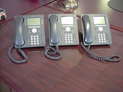 Lot of 3 Avaya 9608 IP Phones with stands