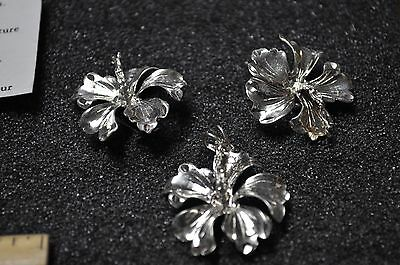 pendant lever back and Hybiscus earring set vintage style awesome beautifull
