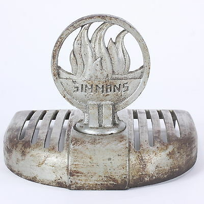 Simmons Hardware Co Vintage Cast Iron Wood-Stove Top Lid Finial Flames Designs