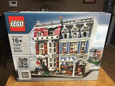 LEGO Creator Pet Shop 10218 with 2,032 Pieces NEW & SEALED