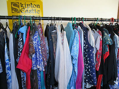 Bundle Of 15 Items Of Ladies Clothes, Size 16 Tops/trousers/skirts, Exc-Con