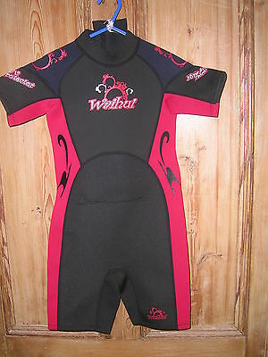 ***MM WAIHUI Black & Red Childs Shortie Wetsuit Age 7-8yrs***