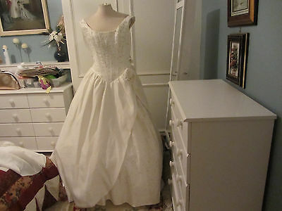 Vintage Sincerity wedding dress ballgown style ivory/silver 10
