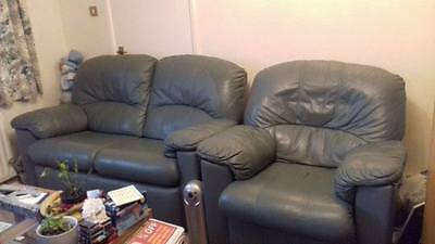 green leather 3 piece suite with two reclining chairs