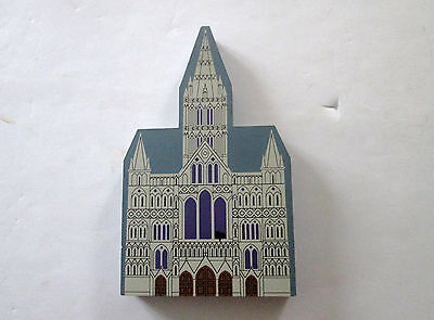 1995 The Cat's Meow Village Cathedral Series Salisbury Cathedral Wiltshire 584