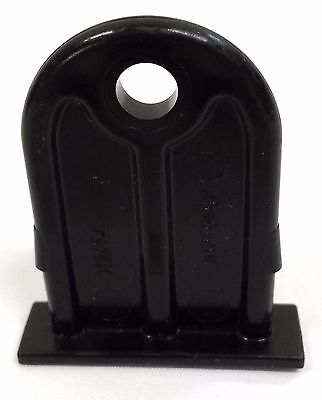Rubbermaid - Lock Hasp For Rubbermaid Sheds Np046H00 - New