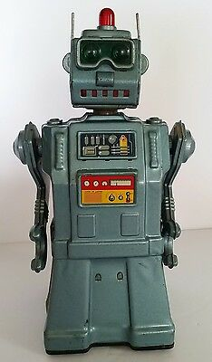 Vintage 1957 Directional Robot Battery Op Toy Japan Yonezawa SEE VIDEO IN DESC.