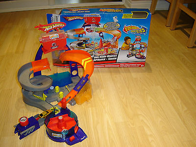 Rare Hot Wheels Colour Shifters Custom Garage Play Set + Car Boxed Complete