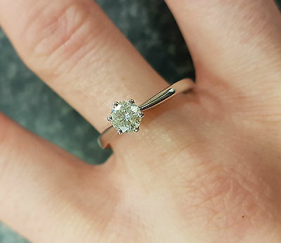 (Pa2) Lovely Charles & Colvard 9CT White Gold 0.40CT Moissanite Solitaire Ring