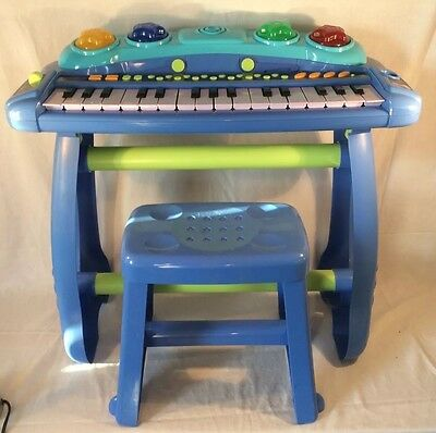 Childrens Simba Standing Electronic Keyboard With Stool
