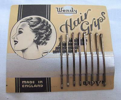 "VINTAGE 1930's ""WENDY"" HAIR GRIPS on ORIGINAL DISPLAY CARD - BROWN"