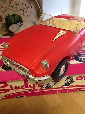 Vintage 1966 Sindy doll boxed MG car with pennant