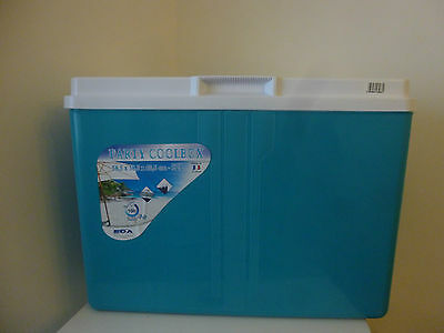 Large 52L Cool box NEW IN BOX
