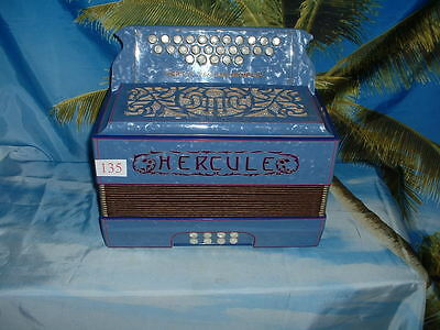 A vendre accordeon Hercule