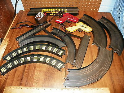 Lot of Vintage TYCO Slot Car Road Racing Track