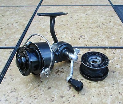 Vintage Shakespeare Spin Wonder no. 2065 Spinning Fishing Reel w/ Extra Spool