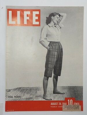 Original Life Magazine COVER ONLY August 24 1944 Pedal Pushers