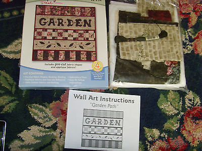 """Quilt Simply Wall Art Garden Path 24x24"""" kit Partial with fabric & instructions"""