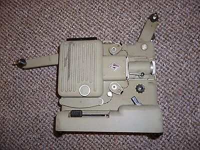 Vintage Eumig P8  Standard 8mm  cine projector with lamp