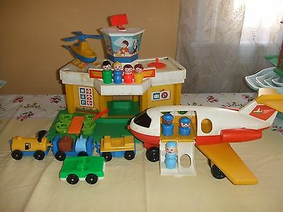 vntg 1980 Fisher Price Little People Airport 2502 helicopter plane complete
