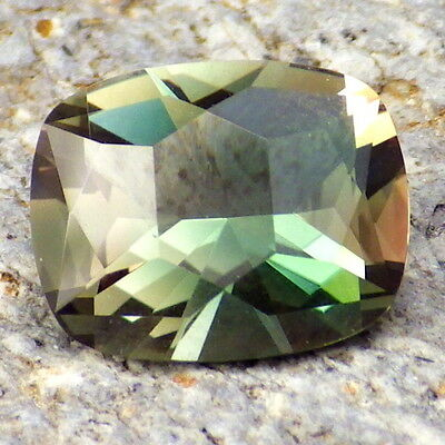 BLUE-GREEN DICHROIC OREGON SUNSTONE 2.26Ct FLAWLESS-FOR TOP JEWELRY!