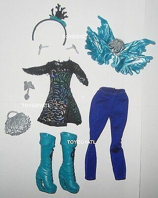 Ever After High Royal Faybelle Thorn Doll Outfit Wings Clothes Shoes New Monster