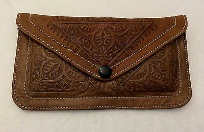 Large purse / small clutch bag. Leather. Embossed ethnic Moroccan pattern. Brown