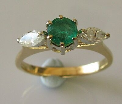 Secondhand 18ct yellow gold round emerald oval diamond cluster ring size N 1/2.
