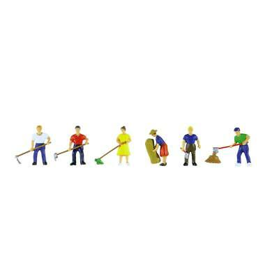 NEW Model Power Farm Action Figures (6) O 6064