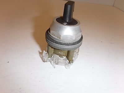 Westinghouse Pb1Jbh4A 3-Position Maintained Selector Switch Nnb