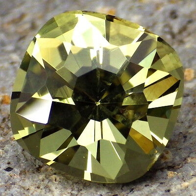 APATITE-MEXICO 5.92Ct FLAWLESS-RARE SIZE-TOP INVESTMENT GRADE-VIDEO!