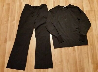 Women's black jacket and pants scrub set, size small