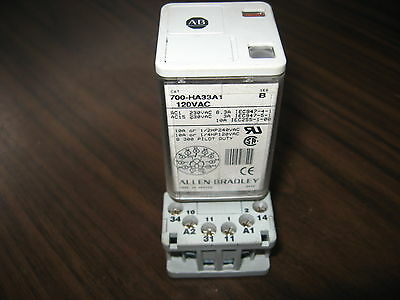 Allen Bradley 700-HA33A1 Cube Relay With 700-HN101 Base (120 Volt, Series B)