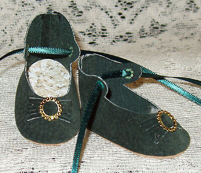 "Handmade Leather Doll Shoes ~ German Style ~ 2 1/2"" x 1 1/4""   Dark Green Suede"