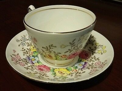 Crown Staffordshire Cup & Saucer Fine Bone China / England Floral Pattern F15465