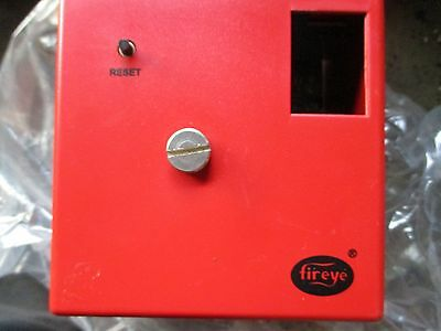 Fire Eye Chassis M120R Flame Safeguard Burner control