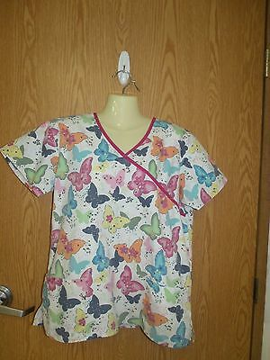 Multi color Butterfly print scrub top- size small/ med- see msmt
