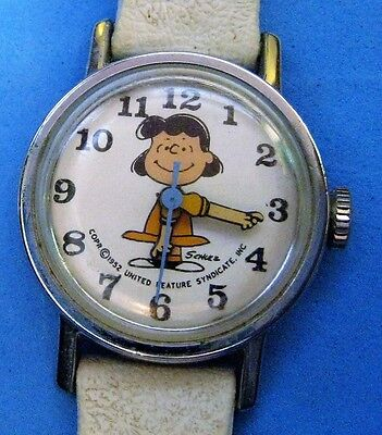 1952 LUCY - Peanuts Snoopy Charlie Brown Peanuts -Working- Wind Up Wrist Watch