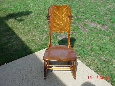 Antique Victorian Shabby Country Cottage Tiger Oak Child's Rocking Chair Rocker