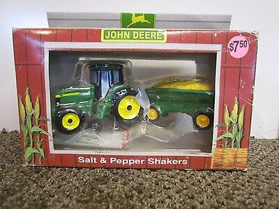 1998 John Deere  Salt & Pepper Shakers Tractor Farm