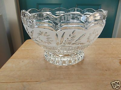 Retro Clear Art Glass Serving, Salad or Fruit Bowl with Frosted Floral Design