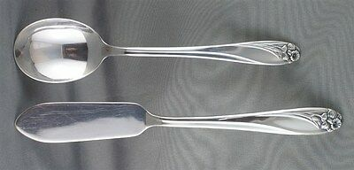 1847 Rogers Daffodil Master Butter and Sugar Spoon
