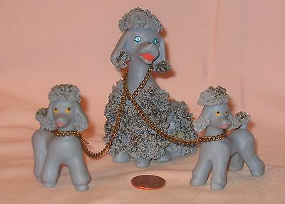 Vintage Blue Ceramic Spaghetti Poodle Dog Chain/Leashed With Two Puppies