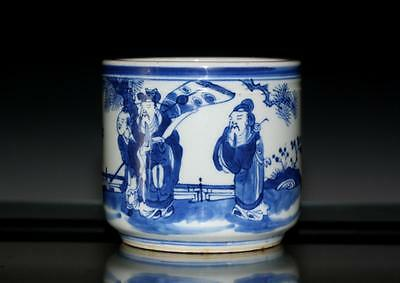 Fine Beautiful Chinese Blue and White Porcelain  Brush Pot.19TH C